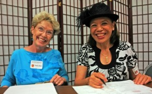 Penny Dant and Mele Fong help each other's businesses