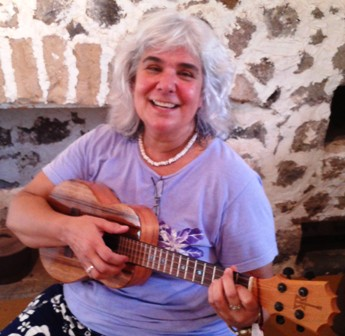 MarilynN. plays with Ukulele Mele