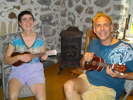 Zayeet and Free play ukulele with Mele
