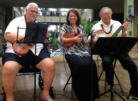 March with Ukulele Jazz Trio